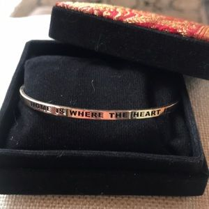 """""""Home is where the heart is"""" Gold plated bracelet"""